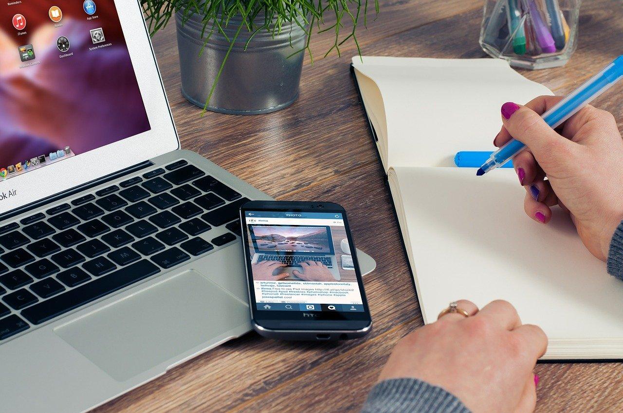 dlaczego warto szkolić pracowników e-commerce